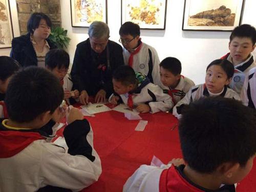 武汉园博会邀百名中小学生游园体验湖北民俗